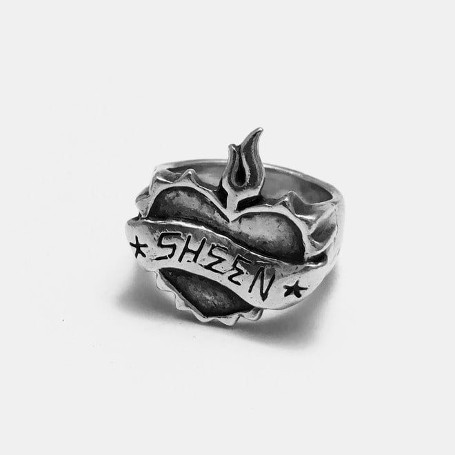 Oldskool Heart Silver Ring