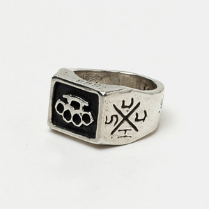 Brass Knuckle Square Ring