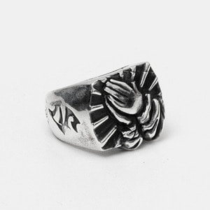 Praying Hand Silver Ring