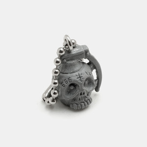 Grenade Skull Resin KeyChain_Grey