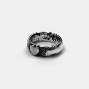 Trump Series Bold Ring Silver Heart
