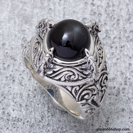 Bird Claw Ring Black Star